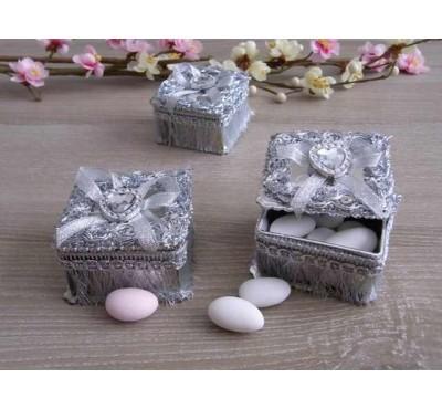 Бонбоньерки Кишинев, Cutie Patrata Din Plastic Argintie